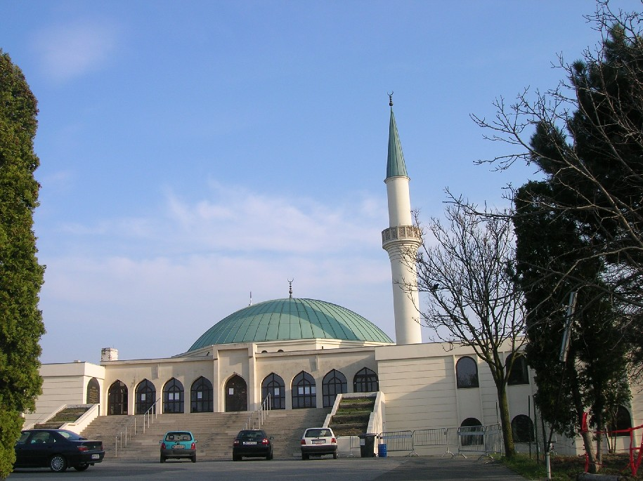 biggest mosques in Europe - SkyscraperCity
