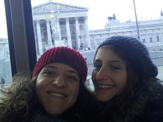 Parlament-selfie von der Strassebahn